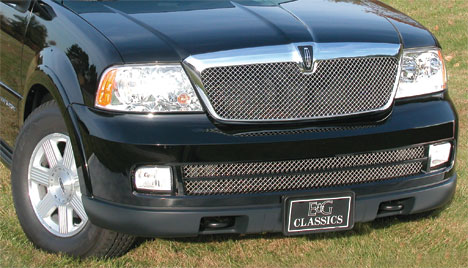 Lincoln Navigator with Heavy Mesh Grille