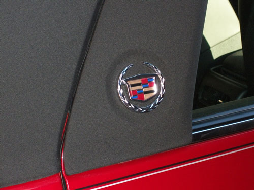Chrome Cadillac Emblem Installed on DTS Roof