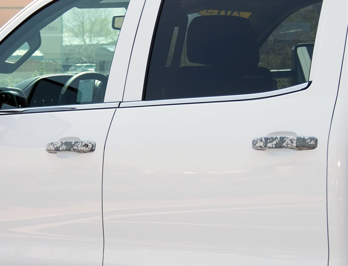 This set is designed to replace your factory door handles quickly and easily without taking the doors apart. They are precision machined from solid aircraft ... & Chevrolet Silverado Camo Door Handles 2014 2015 2016 2017 2018 ...